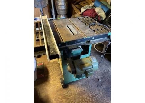 """1 1/2 hp 10"""" table saw"""